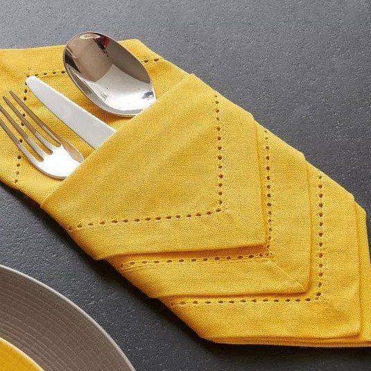 serviette-dclic-pret-a-napper-protege-table
